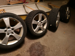 225/45R17 4x studed Winter Tire Like New w/Mags