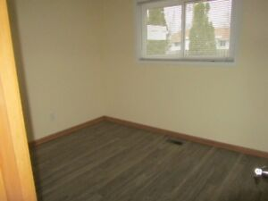 Student Rental - 8 month lease  - Close to Pen Centre