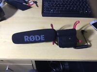 RODE Camera and Audio Videomic with shock mount