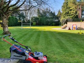 Perfect lawns maintenances.
