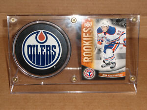 RYAN-NUGGENT HOPKINS ROOKIE CARD AND PUCK HOLDER