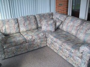 Custom sectional couch Windsor Region Ontario image 4