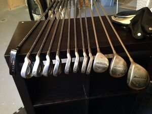 Woman's golf clubs complete set with bag
