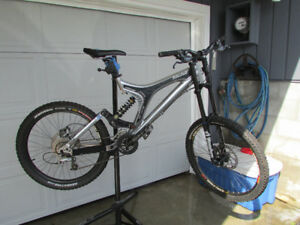 Specialized Big Hit - Mountain Bike - Great Condition