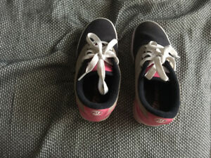 Heeleys kids size 1 shoes for sale
