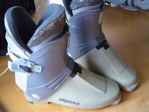 bottes de ski alpin,grandeur  8 - 8 et demi