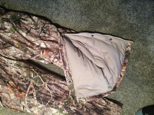 Cabela's Silent Suede Insulated Coveralls Stratford Kitchener Area image 2