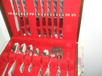 Oneida 1950 Bridal Wreath Pattern Silverplate Silverware