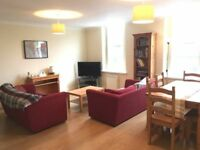 Large double room in flatshare in heart of QP