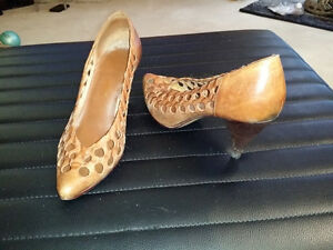 Lightly Used Women's Shoes size 6-7