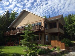 Magnifique maison de campagne à vendre à Val-David