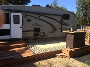 2010 Cougar High Country 29 Ft Fifth Wheel