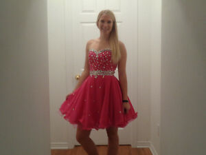 Beautiful Prom/ Party Dress Cornwall Ontario image 3