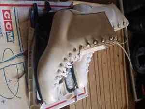 Size 9 ladies skates