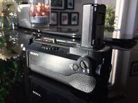Sony A7S battery grip - model VG-C1EM