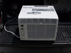 6,000 btu. danby window air conditioner with remote