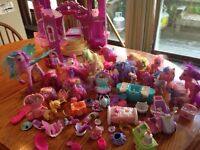 My Little Pony Castle and 25 ponies
