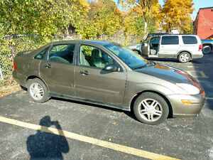 2000 Ford Focus SE Sedan EXCELLENT CONDITION