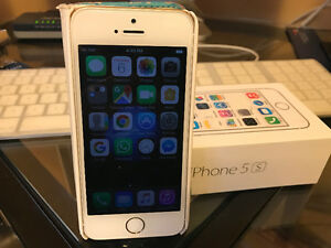 """Must Sale  """"""""MINT CONDITION"""""""" IPHONE 5S for $199"""