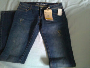 Women's Bluenotes jeans pants lowrise Size 27 new with tags London Ontario image 2