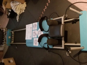Aero Pilates 4 Cord Reformer With Rebounder And 4 DVD'S