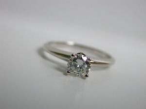 14K WHITE GOLD 0.54CT SOLITAIRE ENGAGEMENT DIAMOND RING