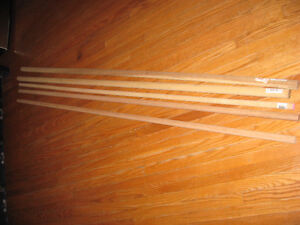 5 WOODEN DOWELS DIFFERENT SIZES OR CAN USE FOR CURTAIN RODS Cambridge Kitchener Area image 1
