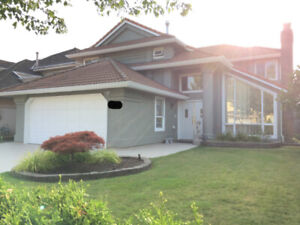 Beautiful East Cambie 4 bed + den + 4 bath home in Richmond!!