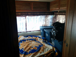 1983 Arrowspace 33 Foot Motorhome for Sale / Trade Cornwall Ontario image 8