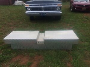 Truck toolbox for sale