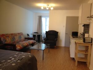 A huge studio-room all included near metro.1 May