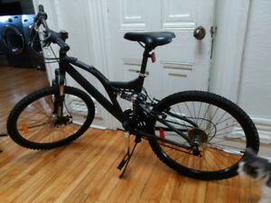 Raleigh mountain bike/bicycle de montagne Raleigh