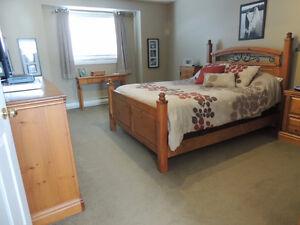 Queen Bedroom Set ---- Solid Pine ----- Priced to go!!!