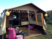 Retro 1980's raclet trailer tent