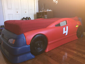 Stock Car Bed