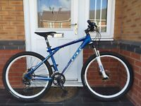 BARGAIN. GT AVALANCHE COMPETITION. MOUNTAIN BIKE