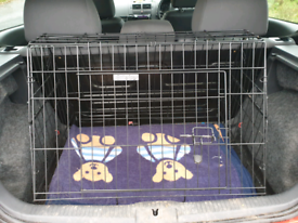 Dog Car Crate - 30 inch Ellie-Bo slanted cage