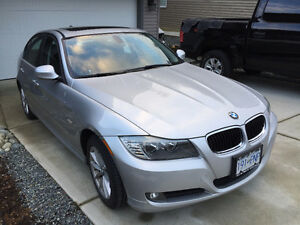 2011 BMW 323I **NO ACCIDENTS**POWER SUNROOF**BLUETOOTH**