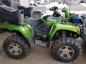 2009 artic cat 700  mud pro