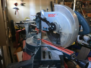 Bosch 3915 Slide Compound Miter saw includes Dust Bag OBO