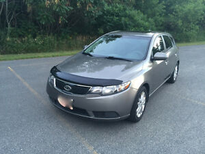 2012 Kia Forte5 EX Hatchback- Titanium- Excellent condition
