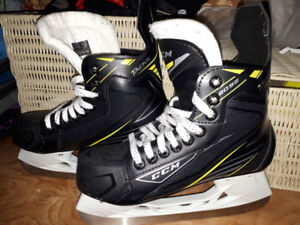 Patin de hockey et casque