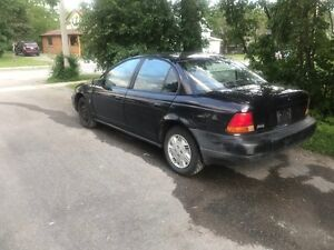 1999 Saturn ONLY 139KM Automatic Great first car 1500$ or trade