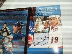Signed Wayne Gretzky 4-Disc Special Edition DVD 5 Full Games!