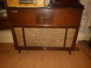 1960's Philips Bi-Ampli Am Fm radio record player