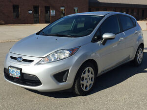 2013 Ford Fiesta SE Hatchback FULLY LOADED, EXTENDED WARRANTY
