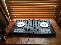 Reloop Mixon 4 Serato DJ Controller
