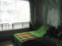 For students! Monthly rent! Internet included!