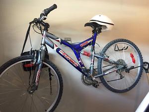"""MEN'S 21 """" Bicycle  with Helmet"""