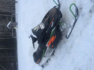 Selling 03 Arctic cat zl 800